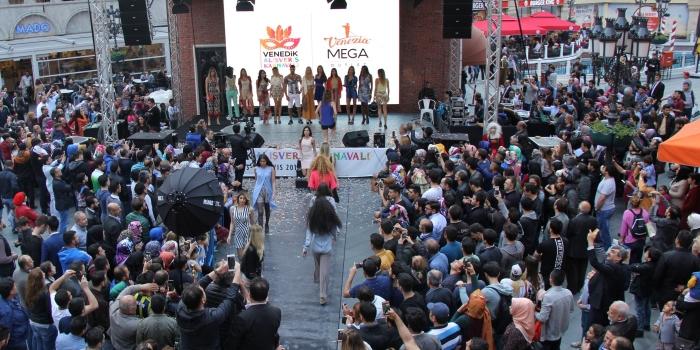 Venedik Alışveriş Karnavalı'nda 100 TL'ye milyonluk ev alışverişi