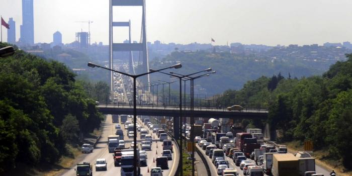 Köprü ve otoyol gelirleri 570 milyon TL'yi aştı
