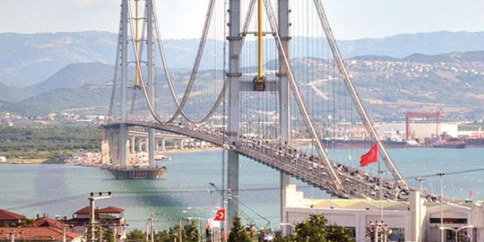 Ulaştırma Bakanı açıkladı 'Hangi köprüden kaç araç geçti?'
