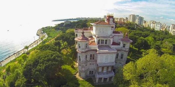 İstanbul'un en ünlü köşkleri ve hikayeleri