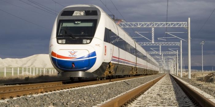 Antalya hızlı trenle İstanbul ve Ankara'ya bağlanıyor