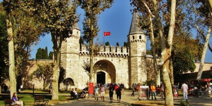 Meraklısı için İstanbul'un sarayları!