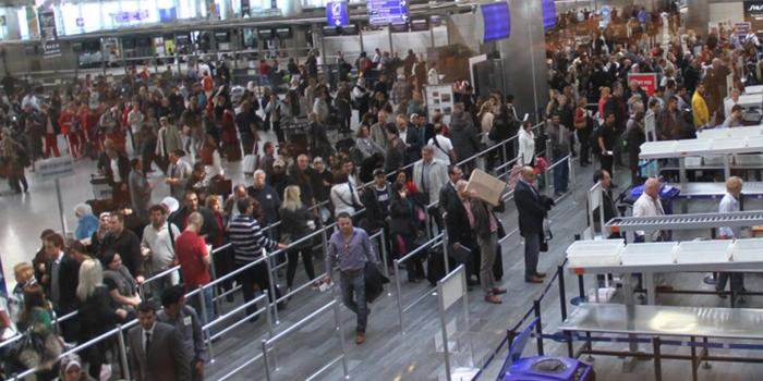 İstanbul'un havalimanlarından 9 ayda 71 milyon yolcu geçti