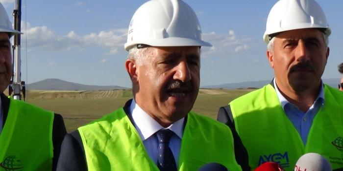 Bakan Arslan, mega projelerde son durumu açıkladı