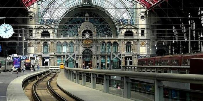 Tarihe ışık tutan tren istasyonları