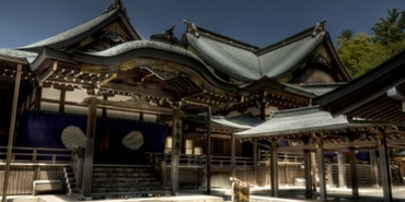 Bu tapınak yirmi yılda bir yeniden inşa ediliyor