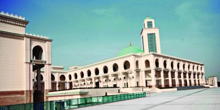 En büyük Cezayir camisine Türk imzası