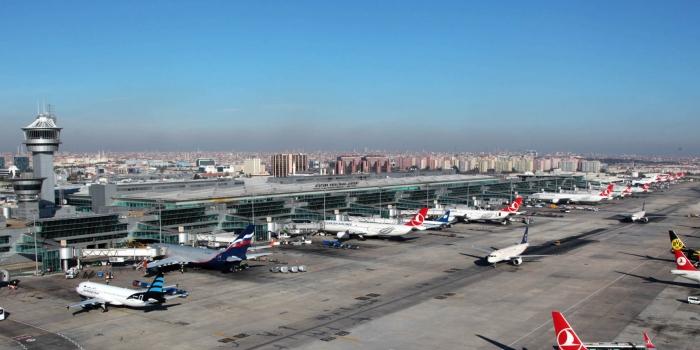 İzmir Alaçatı Havalimanı ihalesi 20 Nisan'da
