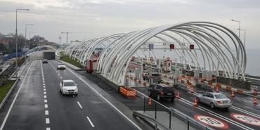 Avrasya Tüneli'nden geçen yıl 17.5 milyon araç geçti