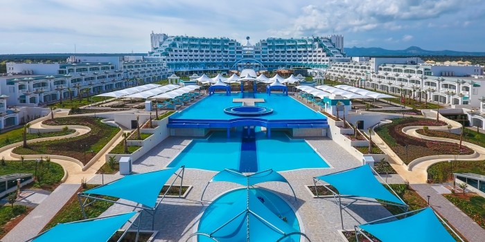 Limak Cyprus Deluxe Hotel kapılarını açtı