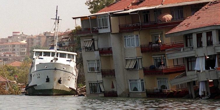 5 soruda Büyük Marmara Depremi