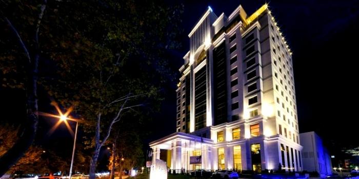 İki kentin tek 5 yıldızlı oteli internetten satışta