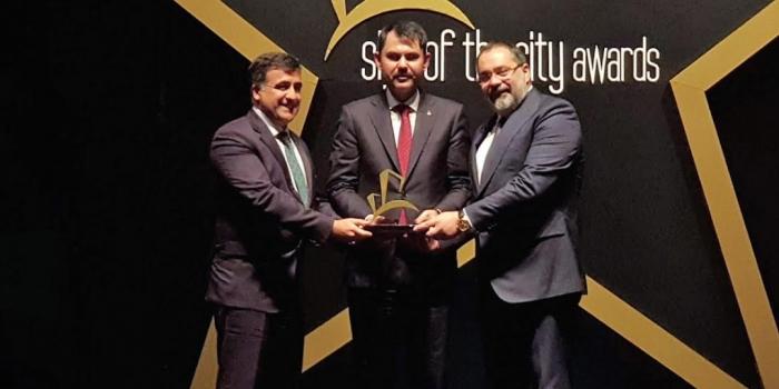 Evora İzmir'e En İyi Mimari Tasarım ödülü