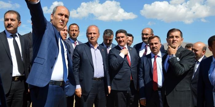 Bakan Turhan: 'Havalimanına ulaşım diye bir sorun yok'